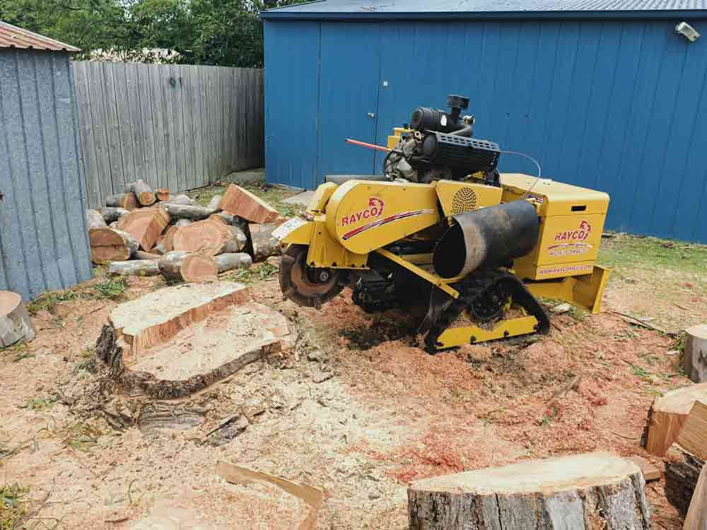 large stump grinder in keilor
